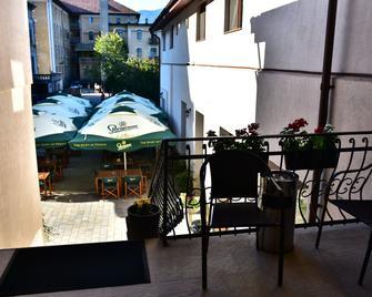 Hotel Ostrov - Calimanesti Caciulata