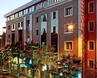 Balturk Otel Sakarya - Adapazari - Building