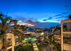 Furamaxclusive Ocean Beach Seminyak Bali - Kuta - Außenansicht