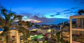 Furamaxclusive Ocean Beach Seminyak Bali - Kuta - Outdoor view