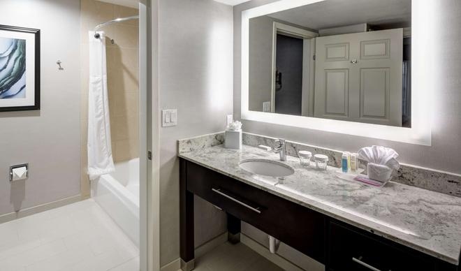 Homewood Suites by Hilton San Jose Airport-Silicon Valley - San Jose - Baño