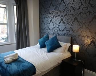 Lyndhurst House - Luton - Schlafzimmer