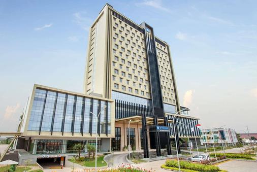 Wyndham Opi Hotel Palembang - Palembang - Toà nhà
