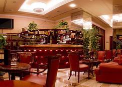 Best Western Premier Hotel Astoria - ซาเกร็บ - บาร์