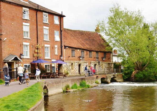The Old Mill Hotel - Salisbury - Rakennus