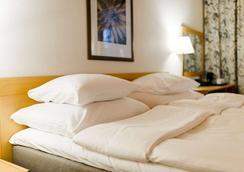 Hotel Sveitsi - Hyvinkää - Makuuhuone