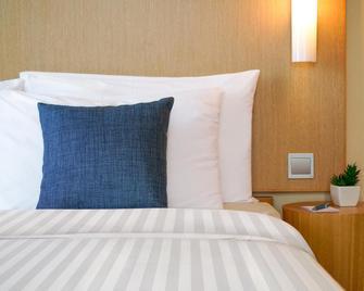 Hotel Cozi Harbour View - Hongkong - Bedroom