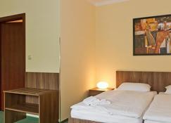 愛馬仕旅館 - 克爾諾夫 - 臥室