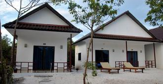 Home Stay Resort - Koh Rong Sanloem - Edificio