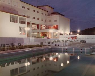 Hotel Valenca do Minho - Valença - Zwembad