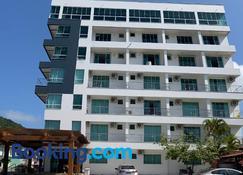 Hotel e Pousada Manguinho - Penha - Edifício