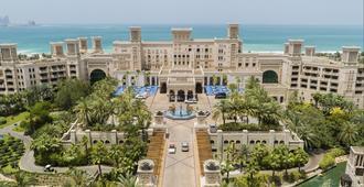 جميرا القصر - دبي - المظهر الخارجي