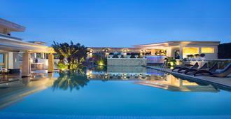 ذا باباندايان - باندونغ - حوض السباحة