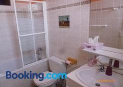 Clos Muneau - Aiguillon - Bathroom