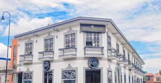 Hotel Arrecifes - San José - Building