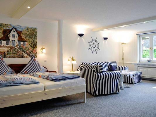 Inselhotel Arfsten - Wyk auf Föhr - Bedroom