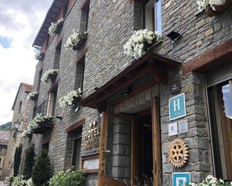 Hotel Roya - Espot - Gebouw