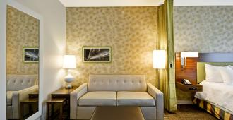 Home2 Suites By Hilton Dallas Downtown At Baylor Scott & White - Dallas - Living room