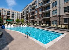 Stay Alfred on Trade Street - Charlotte - Piscina