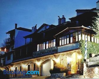 Guest House Fanaras - Kalavryta - Edificio
