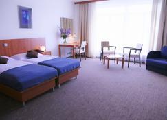 Academic Hotel & Congress Centre - Roztoky - Slaapkamer
