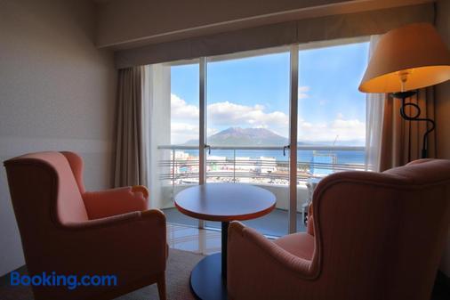 Kagoshima Sun Royal Hotel - Kagoshima - Living room