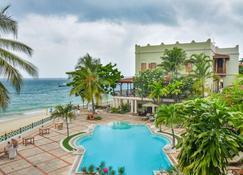 Zanzibar Serena Hotel - Zanzibar - Bể bơi