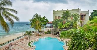Zanzibar Serena Hotel - סטון טאון - בריכה