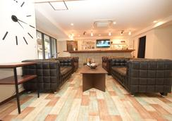 Hostel Teltel Bouzu - Osaka - Lounge