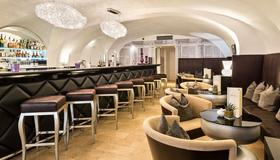 Radisson Blu Hotel Altstadt, Salzburg - Salzburg - Bar