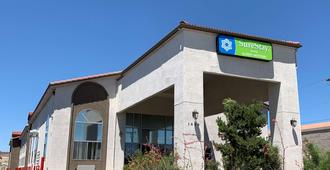 SureStay Hotel by Best Western Albuquerque Midtown - Albuquerque - Building