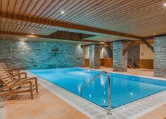 Hotel Les Balcons Village & Spa Belle Plagne - La Plagne-Tarentaise - Pool
