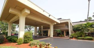 Quality Inn Orange Park Jacksonville - ג'קסונוויל - בניין