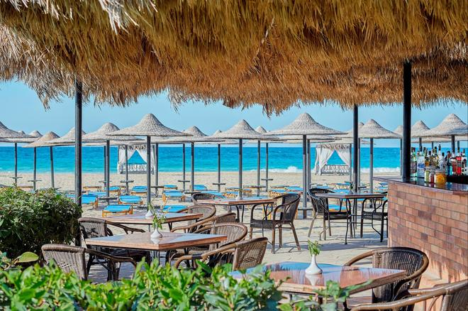 Jaz Almaza Bay - Mersa Matruh - Beach