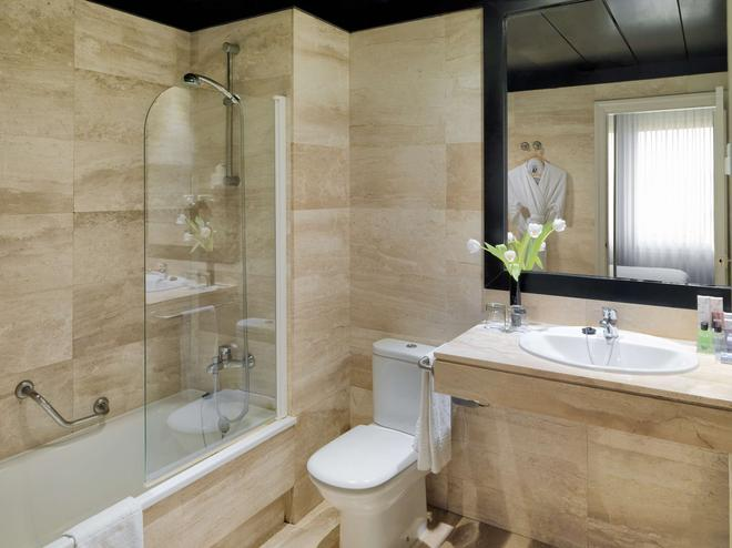 H10 Montcada Boutique Hotel - Barcelona - Bathroom