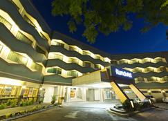 Goldenfield Kundutel Hotel - Баколод - Здание