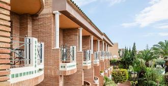 Hotel Boutique Calas De Alicante - Alicante - Building