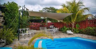 Villa Cacique - Havana - Pool