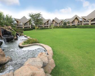 Enashipai Resort & Spa - Naivasha - Outdoors view