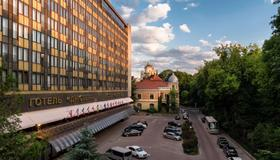 德涅斯特尊貴酒店 - 利沃夫 - 利沃夫 - 建築