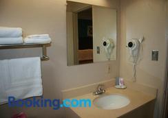 文娛中心小屋酒店 - 奥克蘭 - 奧克蘭 - 浴室