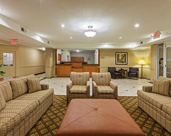 Candlewood Suites Texas City - Texas City - Living room