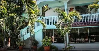 Le Plaza Hotel - Port-au-Prince