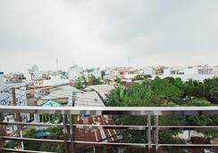 Nguyen Thao Hotel - Ho Chi Minh City - Balcony