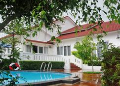 Vietstar Resort & Spa - Tuy Hòa - Pool