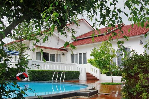 Vietstar Resort & Spa - Tuy Hòa - Piscina