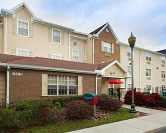 TownePlace Suites by Marriott Tampa North/I-75 Fletcher - Tampa - Building