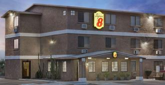 Super 8 by Wyndham Lake Havasu City - Lake Havasu City - Edificio