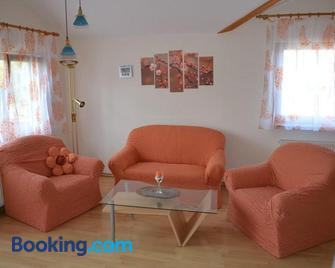 Obst- und Ferienhof Brudy - Appenweier - Living room