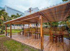 Accra City Hotel - Acra - Patio